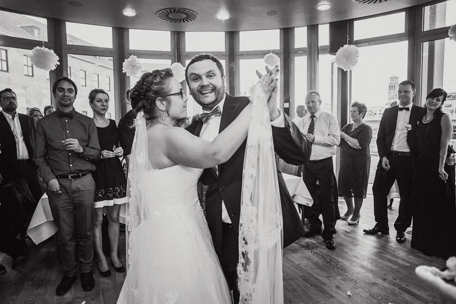 Fotoreportage Hochzeitstanz Brautpaar