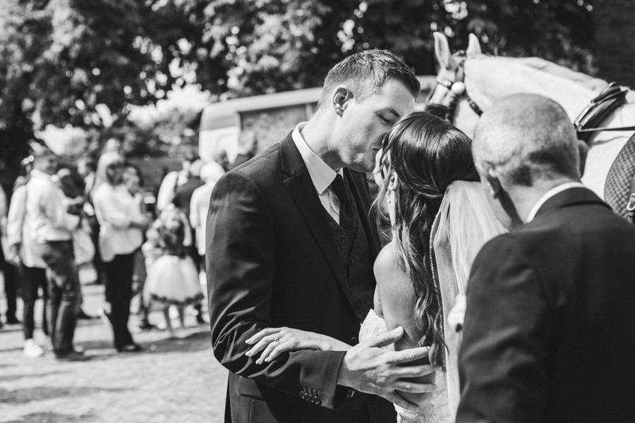 Kuss Brautpaar