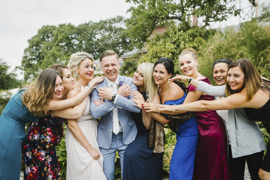 Bräutigam Gruppenfoto
