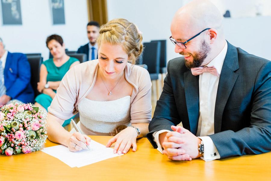 Braut Unterschrift