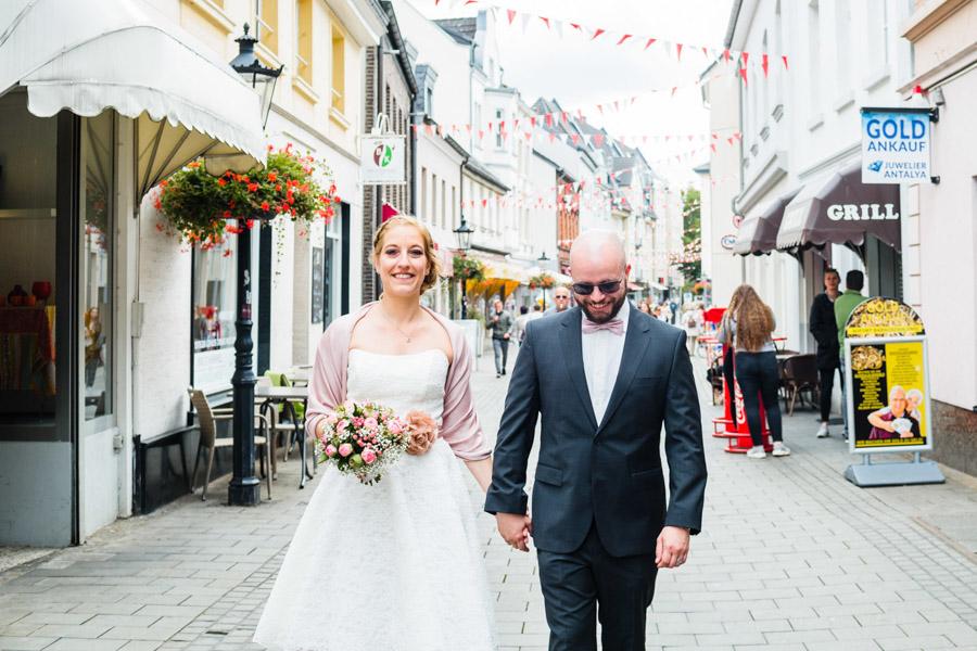 Spaziergang Brautpaar