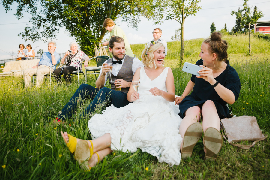 Braut Lachen